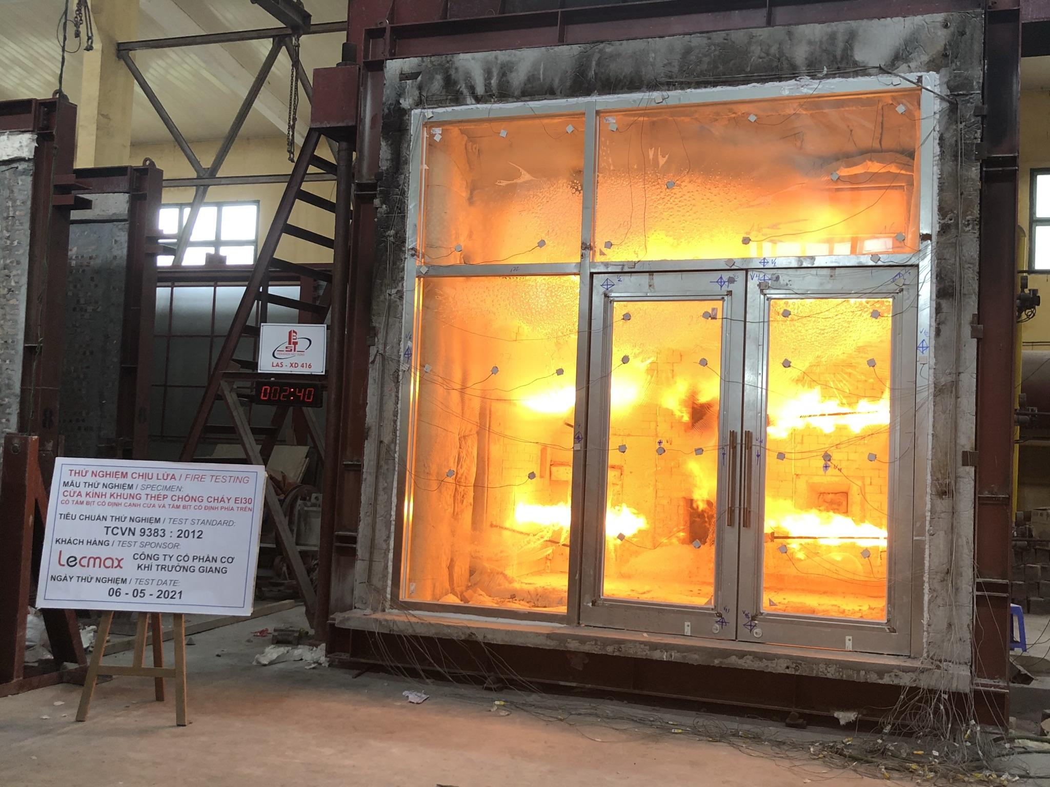 LECMAX thử nghiệm Cưa kính khung thép chống cháy EI30
